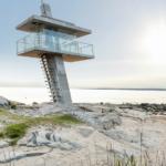 Livräddartorn på strand i Tylösand Halmstad