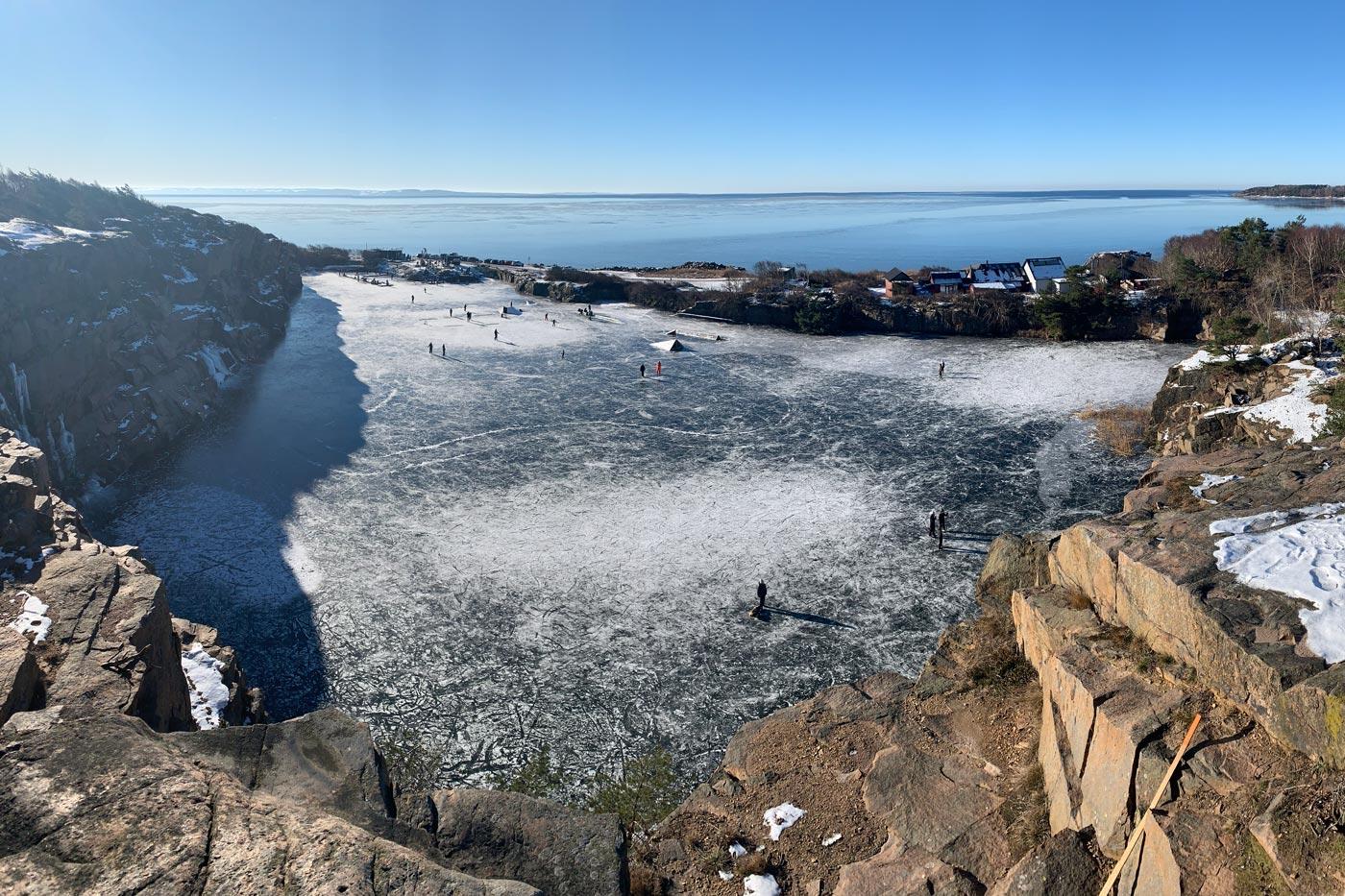 Skridskoåkning i wakeparken grötvik vintern 2021